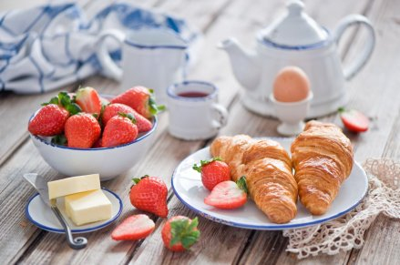 food-sweet-fruit-strawberry-food-sweet-fruits-strawberry-croissant-drink-tea-croissant-tea